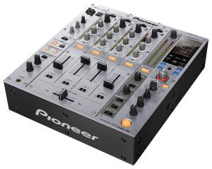Pioneer DJM 750 S - TABLE DE MIXAGE DJ